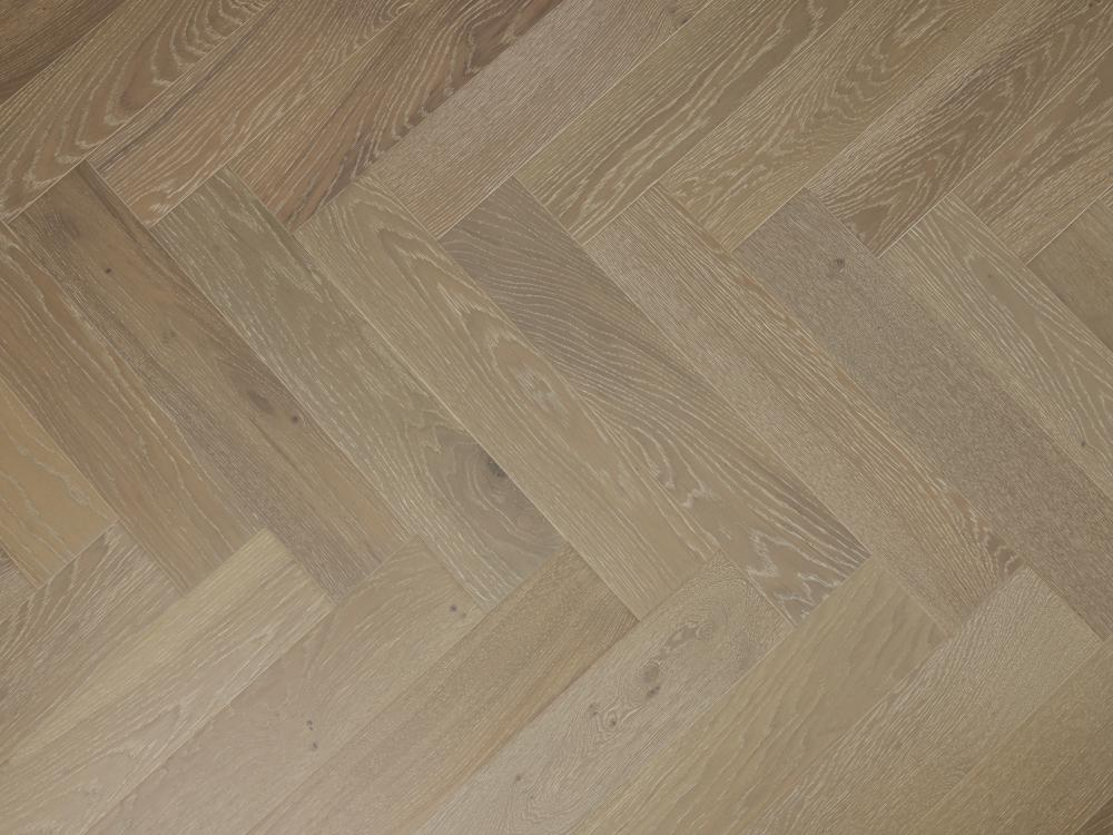 Engineered Oak Select Grade Brushed & Grey Oiled
